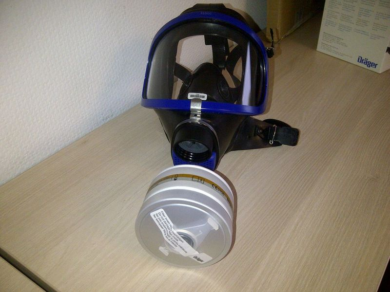 masque de protection produit chimique